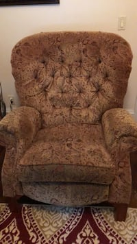 2 matching Recliners - Lazy boy - both for $150 Belvidere, 07823