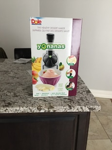 Frozen Yogurt maker /Cup cake holder