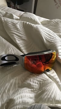 New oakley prism snowboard goggles Oregon City, 97045