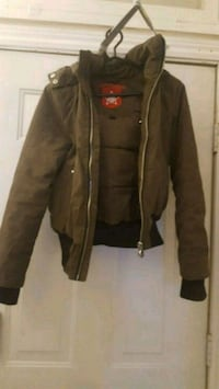 brown leather zip-up jacket Port Perry, L9L 1B9