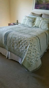 white and green floral bed comforter Upland, 91786