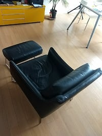 Comfy TV chair/couch/sofa with feet rest Mississauga, L4X 2Z3