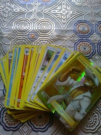 20 + pokemon cards with rare gold card  Salinas, 93906