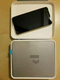 Nexus 6p with box  Richmond, V6X 1L7
