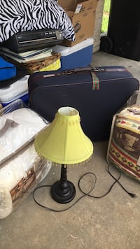 Lam, 2 Comforters, nice suitcase, New Orleans, 70131