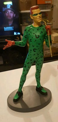 1995 Collectible jim Carrey the Ridler statue