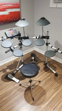 Yamaha Electronic Drums Set