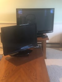 black flat screen TV with remote Adamstown, 21710