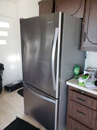 "6 months of Old refrigerator stainless steel 32"" Livingston"