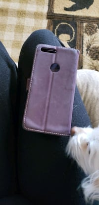 Purple leather wallet do you have this size Casper, 82604