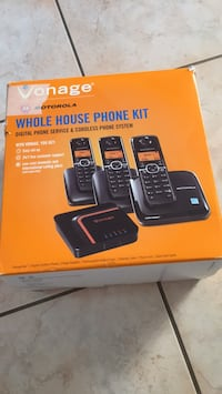 3 new phone inside.never used .its brand new very nice phone for home Toronto, M6L 1B1