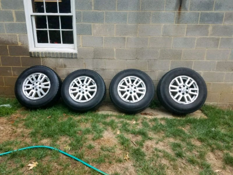ford expedition wheels and tires acd55cec-c5ef-41d8-83ce-eaabaa14e108