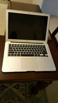 Macbook Air 13 inches 2015 Fairfax, 22032