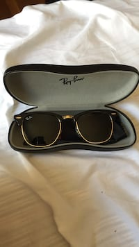 Black Ray-Ban Clubmaster with case Cambridge, 02138
