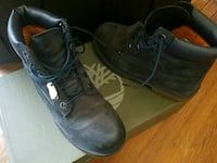 Boys size 4 timberland boots South Bend, 46628