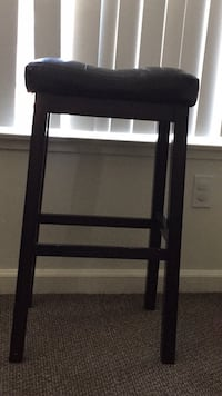 Dark wood and leather barstool Paso Robles, 93446