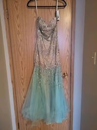 women's champagne blue prom dress Edmonton, T6H 0L8