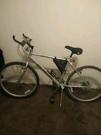 gray and black hardtail mountain bike Lancaster, 93535