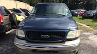 Ford - Expedition - 2002