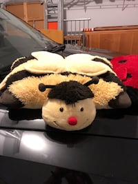 Pillow Pets bumble bee!! Centreville, 20120