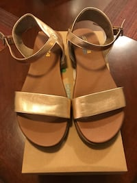 Woman's size 7.5 sandals  Irmo, 29212