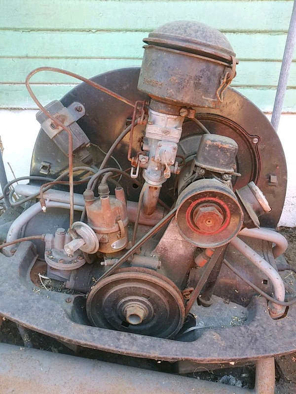 Old volkwagon engine standard 1600 cc siting 5 yrs