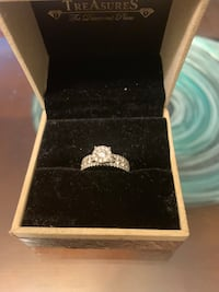 Brand New 18K White Gold 1.5 carat engagement ring Columbia, 21044