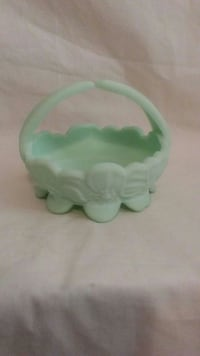 Fenton Lime Satin dish w/handle