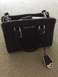 Brand new Michael Kors black purse Germantown, 20874