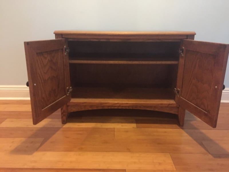 Solid wood storage cubicle/ TV stand entertainment center or mini bar c5ed5a03-4ca3-45c7-9773-866aaea34723