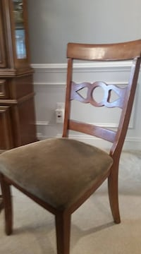 (6) Ashley Dining Chairs Mount Airy