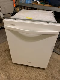 White and gray whirlpool dishwasher Loudon, 37774