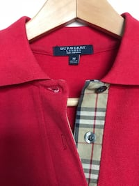 Men Burberry polo shirt medium  Mississauga