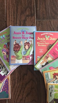 three assorted story books collection La Mirada, 90638