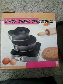 Set of 3 brand new non stick spring form cake pans