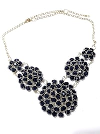 Necklace with black gemstones Toronto, M9W 7J5