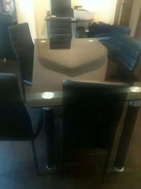 black and gray table set Chicago, 60651