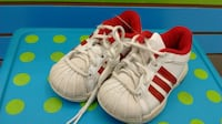 (219) Boy's Sneakers ADIDAS  Size 6