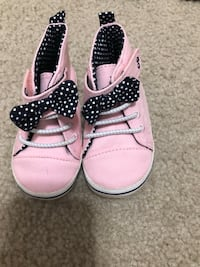 12-18 months shoes Halethorpe, 21227