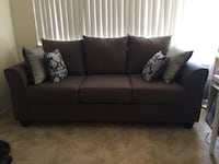 Like-new grey three cushion sofa Alameda