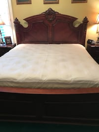 King size white mattress for sale