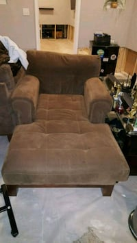 2 Large Chaise Chairs for sale. Accokeek, 20607