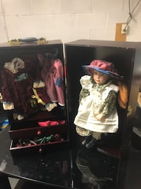 Anne of green gables porcelain doll heritage edition with wooden case. Extra shoes purses dress etc Surrey, V3V 7L9