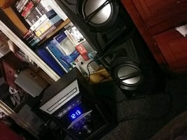 Cd/radio/stereo with 2 speakers