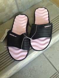 Brand New with tags Ladies size 8 Speedo sandals with box