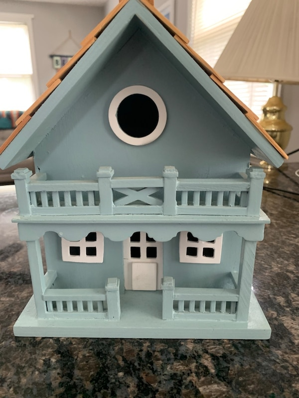 Decorative Bird House  176084c2-fc10-4960-a69a-9ce5c389559b