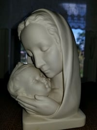 GOEBEL FIGURINE WEST GERMANY MADONNA AND CHILD HM 89 UNPAINTED PERFECT Shelton, 06484