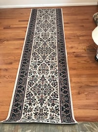 White and black floral runner rug 8x2 Vienna, 22180