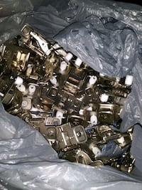 Hinges for cabinet doors never used 50 pieces for $60 ablamos español
