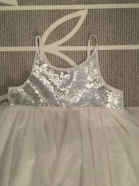 Brand new silver sequins sparkle tutu dress size 3-4t Toronto, M4J 2B3